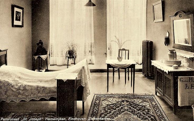 Foto uit 1948. Een kamer in het pensionaat